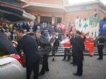 RIVOLI - Laddio a Massimiliano Pirrazzo: una folla commossa in chiesa per lultimo saluto - FOTO - immagine 17