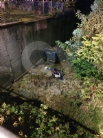 CAFASSE-VARISELLA - Rubano in una villa ma poi finiscono fuori strada: caccia alla banda di ladri - immagine 4