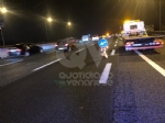RIVOLI - Scontro in tangenziale: tre auto coinvolte e tre feriti - immagine 4