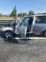 TORINO-VENARIA - Auto prende fuoco mentre é in marcia in tangenziale: famiglia ne esce indenne - immagine 4