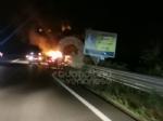 CASELLE - Auto a fuoco mentre percorreva la ex statale - immagine 4