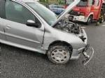 RIVOLI - Testacoda in tangenziale dopo aver urtato il guardrail: coppia rimane ferita - immagine 4