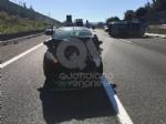 COLLEGNO - Incidente in tangenziale: tre auto coinvolte, una ribaltata e tre feriti - immagine 4
