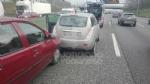 COLLEGNO - Caos e disagi in tangenziale: tamponamento fra quattro auto. Due persone ferite - immagine 4