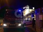 ALPIGNANO - A fuoco il tetto della panetteria di via Garibaldi: ingenti i danni - immagine 4