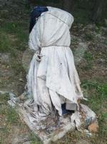 VAL DELLA TORRE - I vandali non vanno mai in vacanza: devastato lesterno di un bar in via Roma - immagine 4