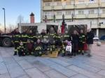 VENARIA - Vigili del fuoco per un pomeriggio: tanti bambini in piazza Vittorio con «Pompieropoli» - immagine 4
