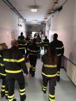 RIVOLI - I vigili del fuoco di Grugliasco, Rivoli e Rivalta in visita ai bambini ricoverati in ospedale - immagine 4