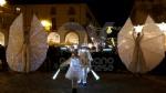 VENARIA - Il grande cervo in piazza Annunziata è stato illuminato: il Natale è iniziato in città - immagine 4