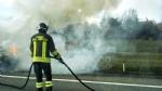 VENARIA - Auto a fuoco mentre percorre la tangenziale - immagine 4