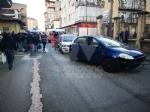 VENARIA - Scontro allincrocio: auto si ribalta in via Nazario Sauro: una ferita - immagine 5