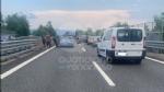 RACCORDO TORINO-CASELLE - Furgone e scooter entrano in collisione: grave donna, ora al Cto - immagine 5