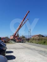 MAPPANO - Autocarro si ribalta nel fossato dopo lincidente: intervento dei vigili del fuoco FOTO - immagine 5