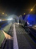 VENARIA - Tamponamento in tangenziale tra unauto e tre furgoni: una donna ferita - FOTO - immagine 5