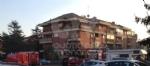 VENARIA - Incendio in un appartamento di via Dante: a fuoco il sacco dellimmondizia - FOTO - immagine 5