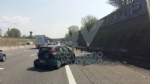 TRAGEDIA SULLA TANGENZIALE - Incidente stradale: muore un uomo di 56 anni - FOTO - immagine 5