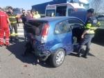 BORGARO - MAXI INCIDENTE IN TANGENZIALE: cinque auto coinvolte, un ferito portato in ospedale - immagine 5
