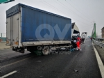 RIVOLI - Incidente in tangenziale: ferito autotrasportatore. Caos e lunghe code - FOTO - immagine 5
