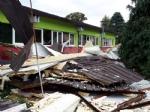 CAFASSE - Assessore regionale allIstruzione in visita alla scuola media colpita dal maltempo - immagine 5