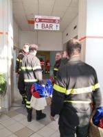 RIVOLI - I vigili del fuoco di Grugliasco, Rivoli e Rivalta in visita ai bambini ricoverati in ospedale - immagine 5