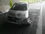 CAOS IN TANGENZIALE - Raffica di incidenti: due auto ribaltate e tre feriti - immagine 6