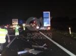 RIVOLI - Scontro tra due tir in tangenziale: un autotrasportatore finisce in ospedale - immagine 6