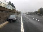 RIVOLI - Scontro fra due auto in tangenziale: disagi al traffico, ma nessun ferito - immagine 6