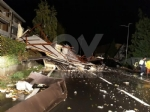 CAFASSE-VENARIA - Maltempo: scoperchiata la scuola media. Crolla il controsoffitto di una casa - immagine 6