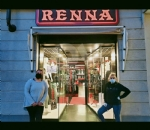 RIVOLI - Serrande alzate dei negozi per protesta: «Se non riapriamo muore il 50% del commercio cittadino» - immagine 6