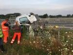 COLLEGNO-VOLPIANO - Furgone carico di frutta finisce fuori strada: 42enne rimasto ferito - immagine 6