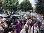 RIVOLI - In tanti nella chiesa di San Paolo per lultimo saluto a Lina Paradiso Alberghina - immagine 6