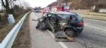 TRAGEDIA A CAFASSE - Scontro fra tre auto, una finisce nella scarpata: morta donna di 60 anni - immagine 7