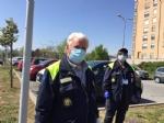 RIVOLI - Il «grazie» di Comune, forze dellordine, associazioni e pompieri al personale sanitario - FOTO E VIDEO - immagine 7