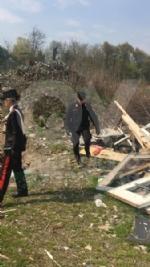 VENARIA-CASELLE - Discariche, bar e officine abusive: i carabinieri denunciano nove persone - immagine 7