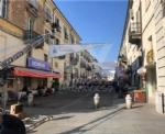 VENARIA - Il centro città set del film «Corro da te» con Pierfrancesco Favino e Miriam Leone FOTO - immagine 7
