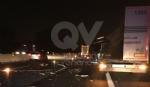 RIVOLI - Scontro tra due tir in tangenziale: un autotrasportatore finisce in ospedale - immagine 7