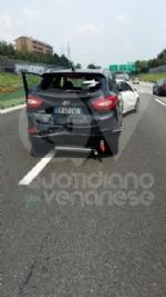 PIANEZZA-COLLEGNO - Maxi tamponamento in tangenziale: cinque auto coinvolte, un ferito - immagine 7