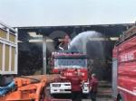 BORGARO - Incendio cascinale: proseguiranno fino a notte fonda le operazioni di messa in sicurezza - immagine 7