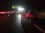 RIVOLI - Incidente in tangenziale: una macchina prende fuoco. Quattro persone rimaste ferite - immagine 7