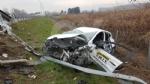 CASELLE-BORGARO - Paura in tangenziale: scontro fra due auto, una finisce fuori strada. Due feriti - immagine 8