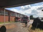 BORGARO - Incendio cascinale: proseguiranno fino a notte fonda le operazioni di messa in sicurezza - immagine 8