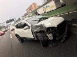 COLLEGNO - Scontro fra tre mezzi in tangenziale: una donna rimane ferita - immagine 8