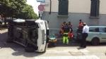 VENARIA - Ennesimo incidente stradale in corso Papa Giovanni: un ferito - immagine 1