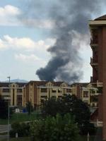 TORINO-BORGARO - Grave incendio in strada Villaretto: colonna di fumo nero altissima - FOTO - immagine 3
