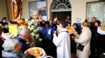 VENARIA - Festeggiato San Giuseppe sotto la pioggia: benedetta la nuova statua - LE FOTO - immagine 3