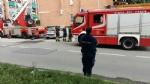 BORGARO - Paura per il crollo del paramano di un palazzo - VIDEO - immagine 3