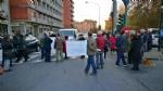 VENARIA-BORGARO - Trecento persone per dire «basta» ai roghi e al degrado di strada Aeroporto - immagine 5
