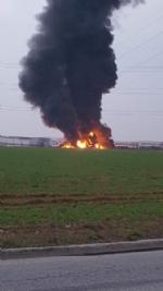 PIANEZZA-COLLEGNO - A fuoco i capannoni della ditta «Omnia Recuperi» di strada Signagatta - immagine 6