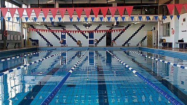 RIVOLI - Dopo la falsa partenza di settembre, finalmente riapre la piscina Bonadies