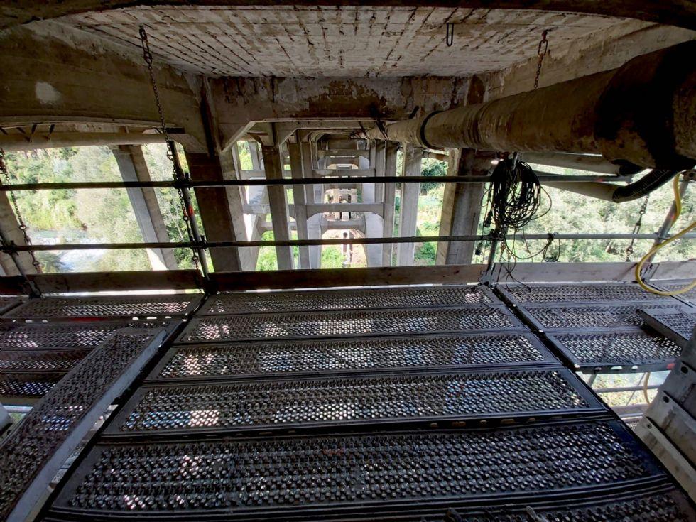 ALPIGNANO - Il ponte riapre nella giornata di martedì 15: non ancora per i mezzi pubblici